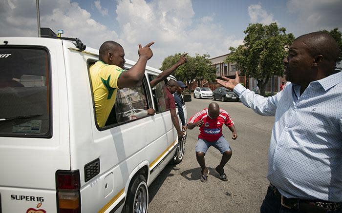 Makhura stel 'n kommissie van ondersoek in vir die bekamping van taxigeweld in Gauteng - EWN