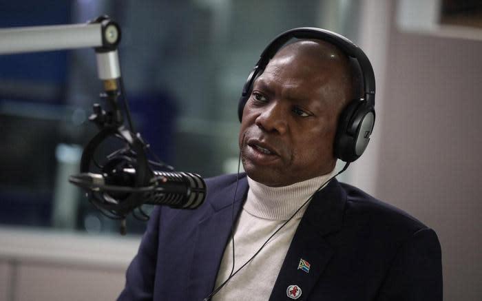 Mkhize accuses COVID-19 advisory board member of lying - EWN
