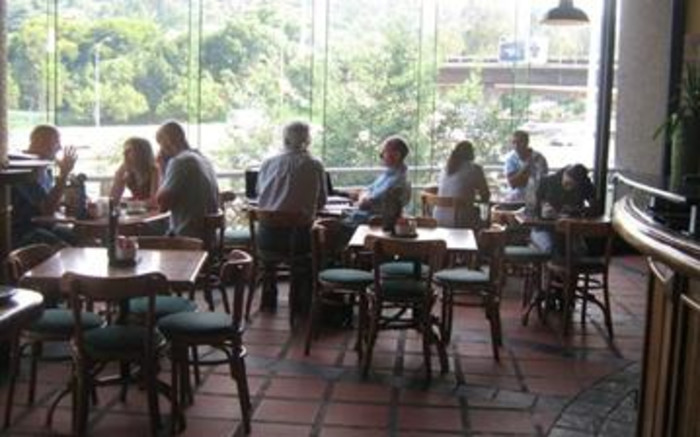 Restaurants hope for more clarity on new regulations today - EWN