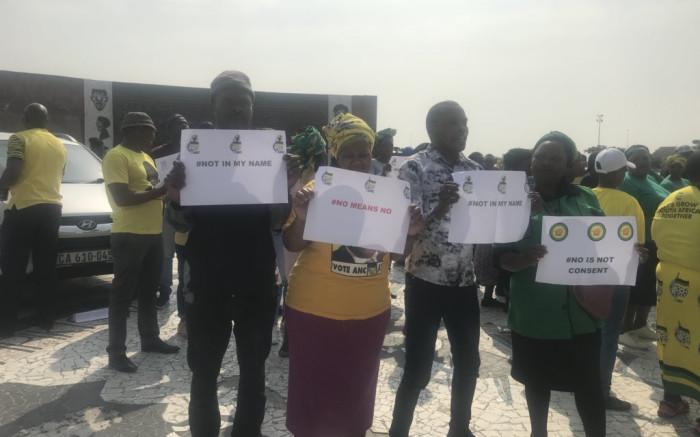 ANCWL lei protes teen vroue-moeders in CT - EWN