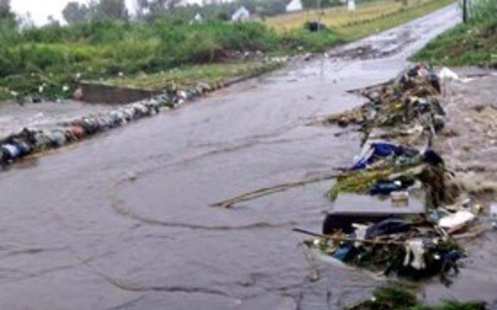 3 killed, hundreds displaced in Gauteng flash floods - Eyewitness News