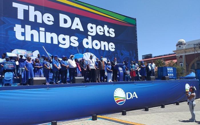 DA support in Gauteng waning while Herman Mashaba makes inroads: Poll - Eyewitness News