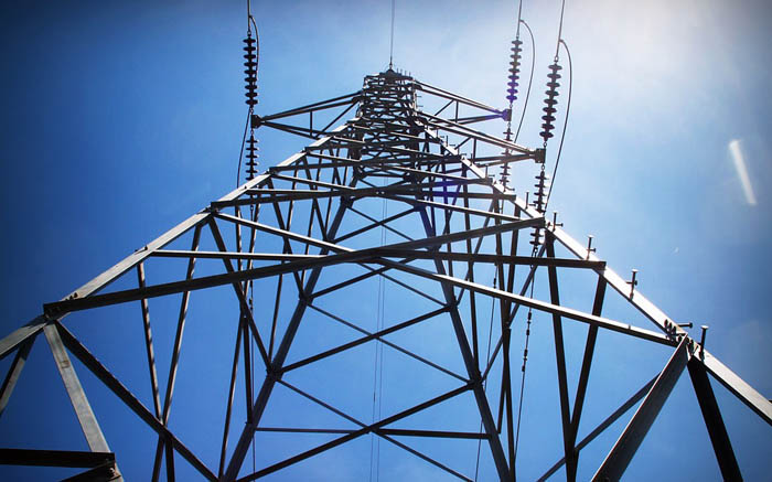 Man electrocuted while trying to climb electricity tower near Lenasia - EWN