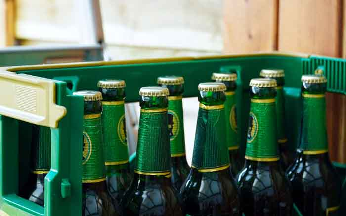 Cosatu backs calls to lift ban on alcohol sales, but with conditions - EWN