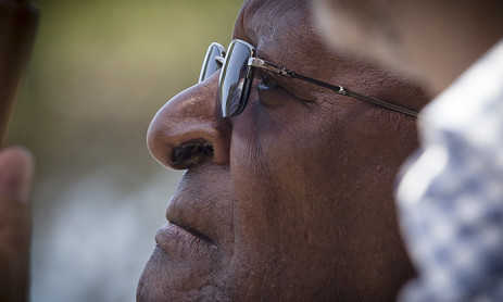 Desmond Tutu listens to a speech during a Jewish Voices event in Cape Town. Picture: Thomas Holder/EWN
