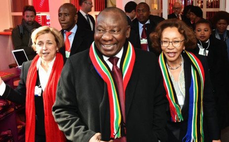 President Cyril Ramaphosa and spouse Dr Tshepo Motsepe (right) arrive at the Absa Cafe & are received by CEO of the ABSA Group Maria Ramos (left) to attend the South African Investment Seminar taking place on margins on the World Economic Forum in Davos, Switzerland on 24 January 2019. Picture: @PresidencyZA/Twitter