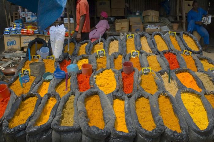 A market in Mozambique (pixabay.com, 2018)