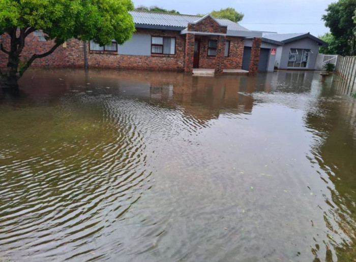 #WCStorm Struisbaai and surrounding areas are experiencing heavy rain and flooding.  Picture: Supplied