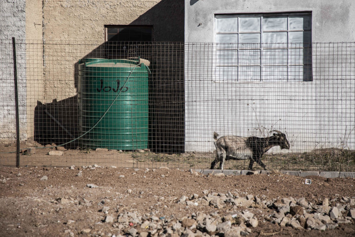 FILE: Communities of Apel have resorted to buying water to fill their JoJo tanks from private tenders as government does not provide an adequate supply. Picture: Abigail Javier/EWN