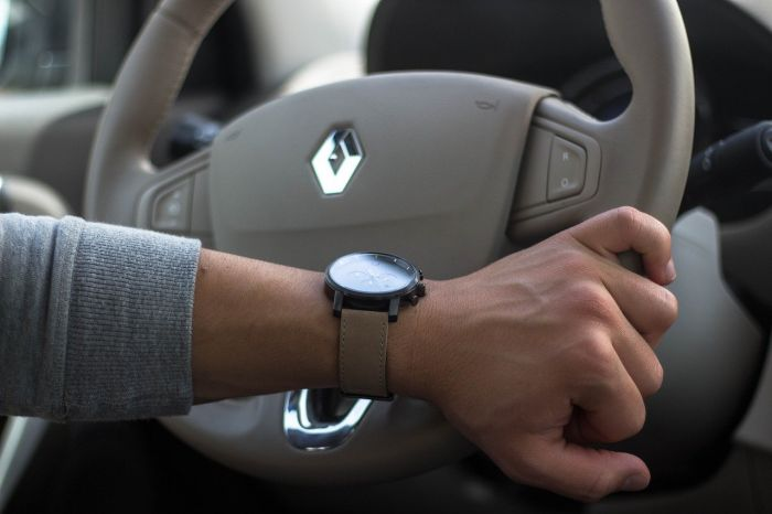 Renault joins Volvo in limiting all cars to 180 km/h 1
