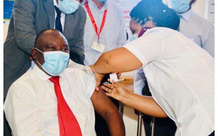 President Cyril Ramaphosa is vaccinated at Khayelitsha Hospital. Twitter/@CyrilRamaphosa