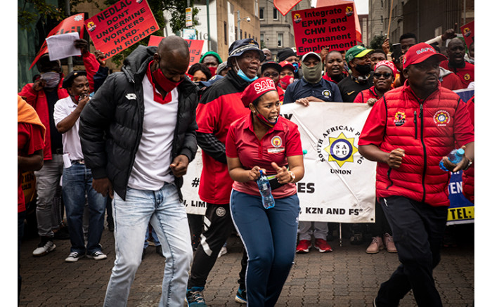 Members of Saftu and Cosatu marching through the Johannesburg CBD. Picture: Xanderleigh Dookey/EWN