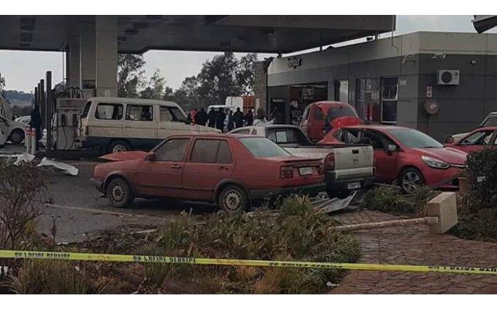 Damage at Total garage, Tembisa. PICTURE: Sandile Fakude, Twitter