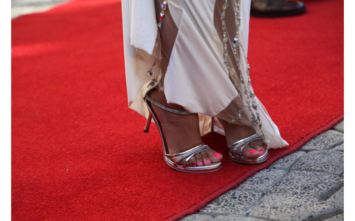 Attention to detail on the red carpet.