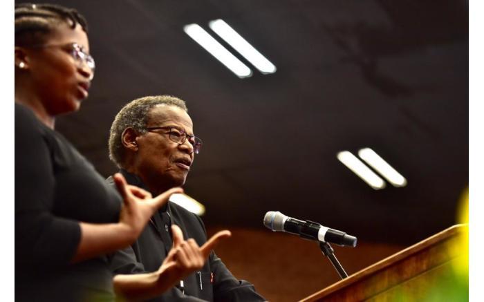 Mangosuthu Buthelezi pays tribute to Dr Richard Maponya. Picture: GCIS