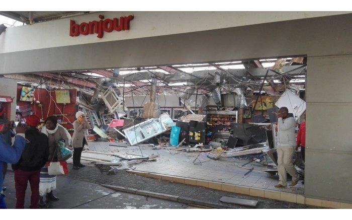 Damage at Total garage, Tembisa. PICTURE: Putsa Mohlala, Twitter