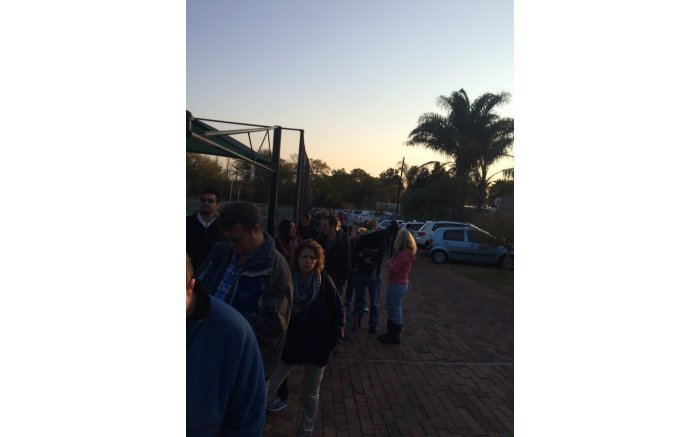 #Elections2016 get underway, people start to queue at St Peters in Fourways. Picture: Twitter @WHawcroft.