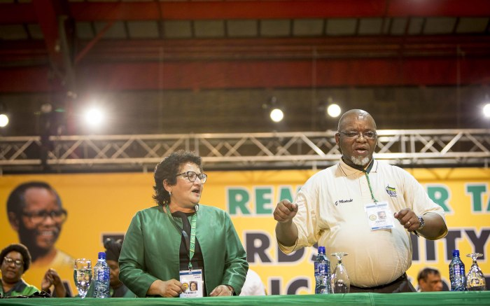 Jesse Duarte and Gwede Mantashe sing before proceedings at the ANC 54th national conference on 16 December 2017. Picture: Thomas Holder/EWN