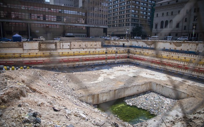 What's left of the Bank of Lisbon building in Johannesburg in September 2021. Picture: Abigail Javier/EWN
