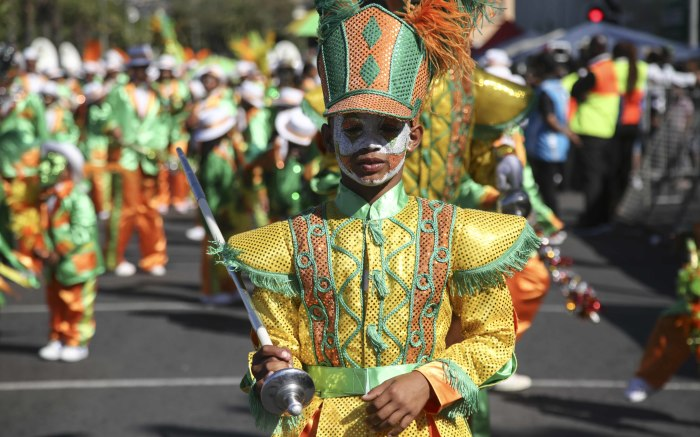 Sufiyaan Williams leads the Cape Town Hawkers troupe during the annual Cape Minstrels Tweede Nuwe Jaar parade. Picture: Cindy Archillies