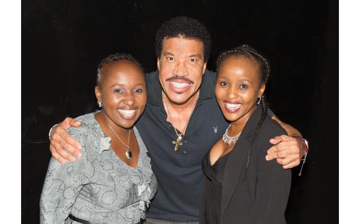 Lionel richie meet and greet m4hsunfo
