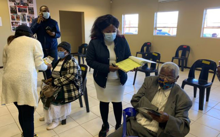 The elderly are guided through the admin process ahead of vaccination at a Krugersdorp oldage home. Picture: Twitter/@DrZweliMkhize