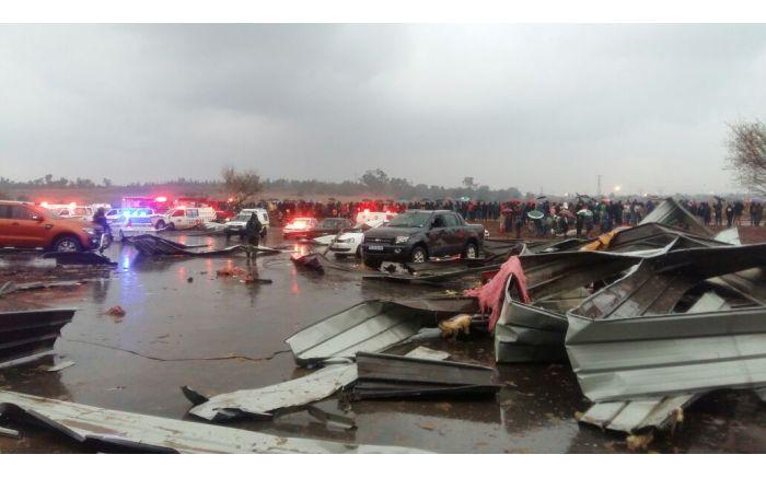 Damage at Phumulani Mall, Tembisa. PICTURE: ER24, Twitter
