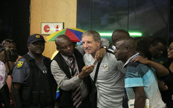Bafana Bafana coach Stewart Baxter at OR Tambo International Airport. Picture: Kayleen Morgan/EWN