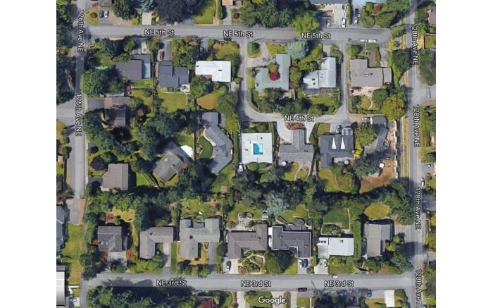 Seattle in the US is typical of many US suburbs with large lawns