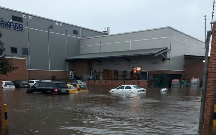Flooding at a shopping centre in Durban on 10 October 2017. Picture: @SbuSheshani.
