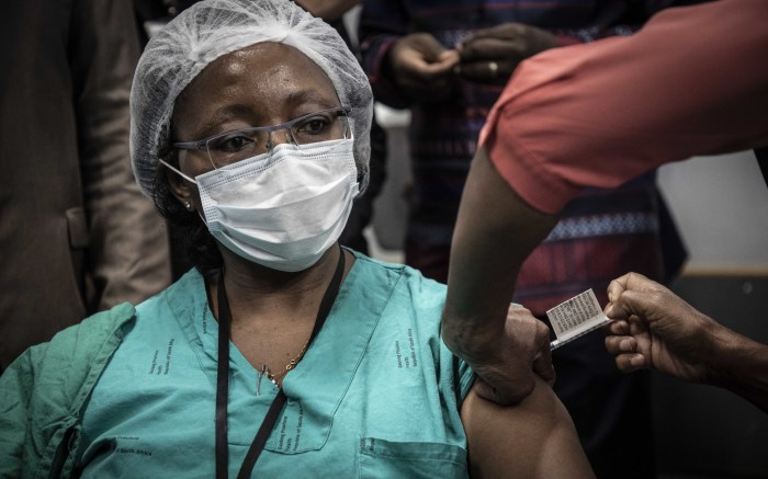 A healthcare worker receiving the vaccine at Steve Biko Hospital. Picture: Abigail Javier/EWN