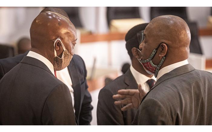 Tom Moyane and his lawyer Advocate Dali Mpofu.