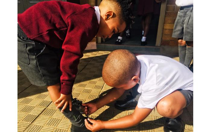 Grade 1s at Northcliff Primary School making new friendsl.