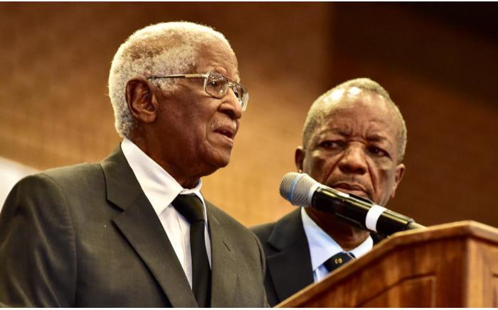 Dr Sam Motsuenyane pays tribute to Richard Maponya. Picture: GCIS