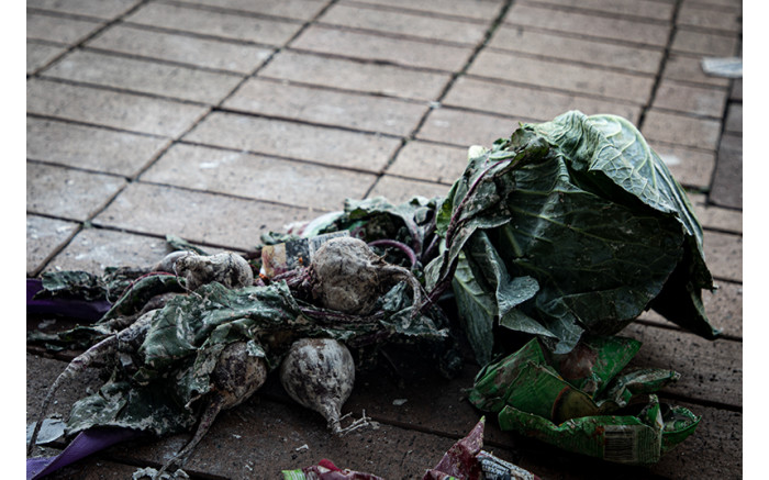 A cabbage and a bunch of beetroots. Picture: Xanderleigh Dookey Makhaza/Eyewitness News