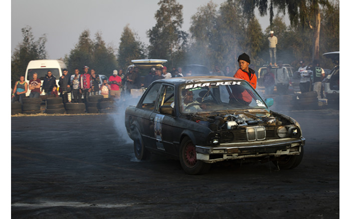 Bra Rex's stuntman performs at the Soweto Spin Festival.