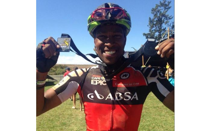 Gugu Zulu with his medal after the 2015 Absa Cape Epic cycle event. Picture: @GuguZulu