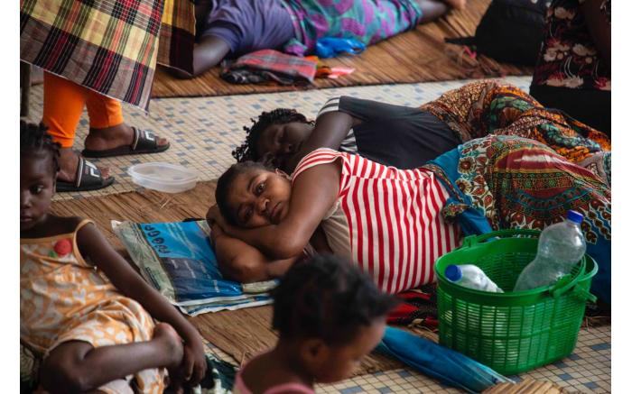 A shelter set up for victims of Cyclone Idai in Beira in a building that used to be a school. Christa Eybers/EWN