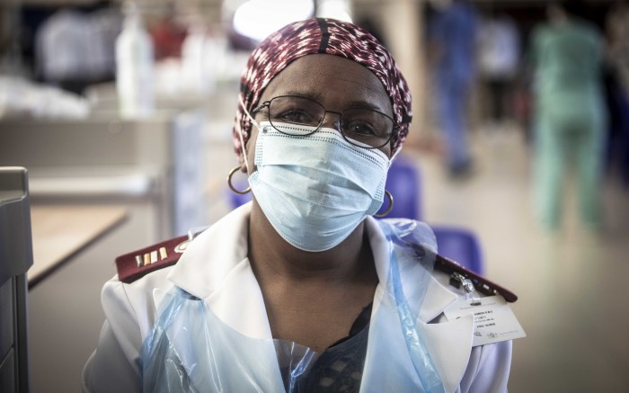 A vaccinator at Chris Baragwanath Hospital vaccination centre. Picture: Abigail Javier/EWN