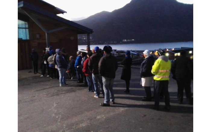 #Elections2016 get underway, people start to queue Hangberg. Picture: EWN.