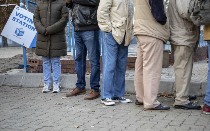 Voters queue in the early hours of the morning at Orlando East Communal Hall in Soweto. Picture: Thomas Holder/EWN.