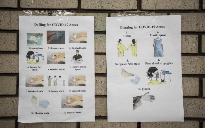 Instructions on how to keep to health protocols at Chris Baragwanath Hospital. Picture: Abigail Javier/EWN