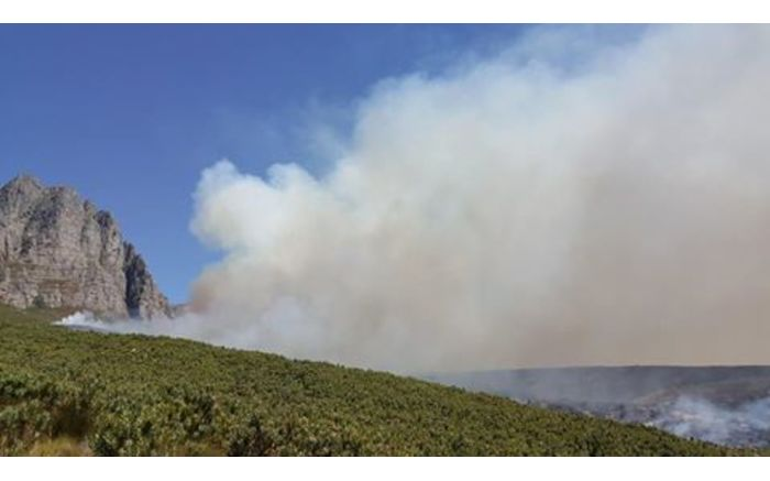 Smoke billows on day three of the Somerset West fire. Picture: Facebook.com