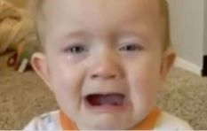 [WATCH] Baby cries every time he hears Adele
