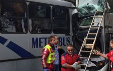 Jan Smuts Avenue in Saxonwold closed due to double Metro bus collision
