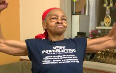 [WATCH] Power lifting grandma makes intruder regret attempting to rob her house