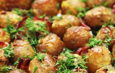 How to make a delicious baby potato and spinach meal for two