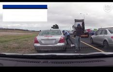 Cape traffic cop caught on camera in N2 Highway shootout