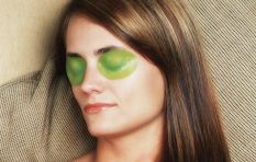 EyeSlices founder in hot water for her puffy/wrinkly/tired eye fix. But why?