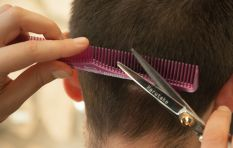 Charity organisation gives kids free hair cuts on first day of school